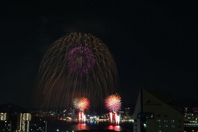 みなとこうべ海上花火大会 2015 日程