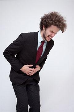 下腹部 痛み 男性 原因